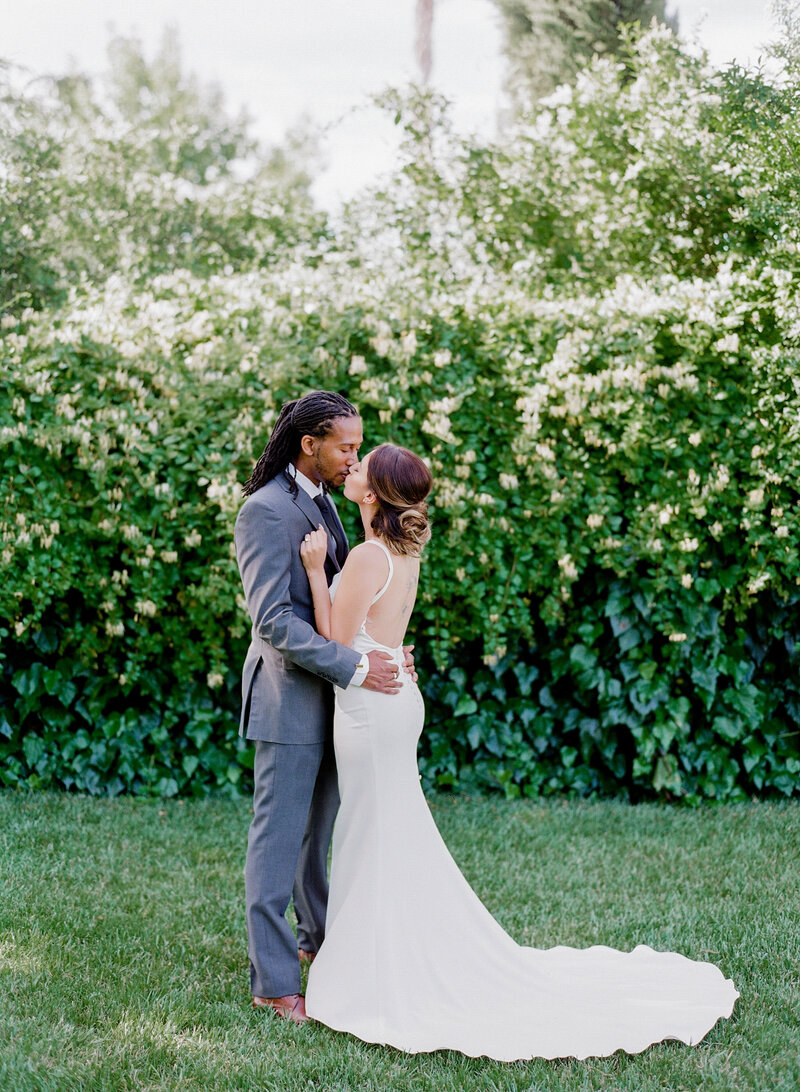 wendy-kevon-park-winters-wedding-contigo-ranch-frederickburg-62