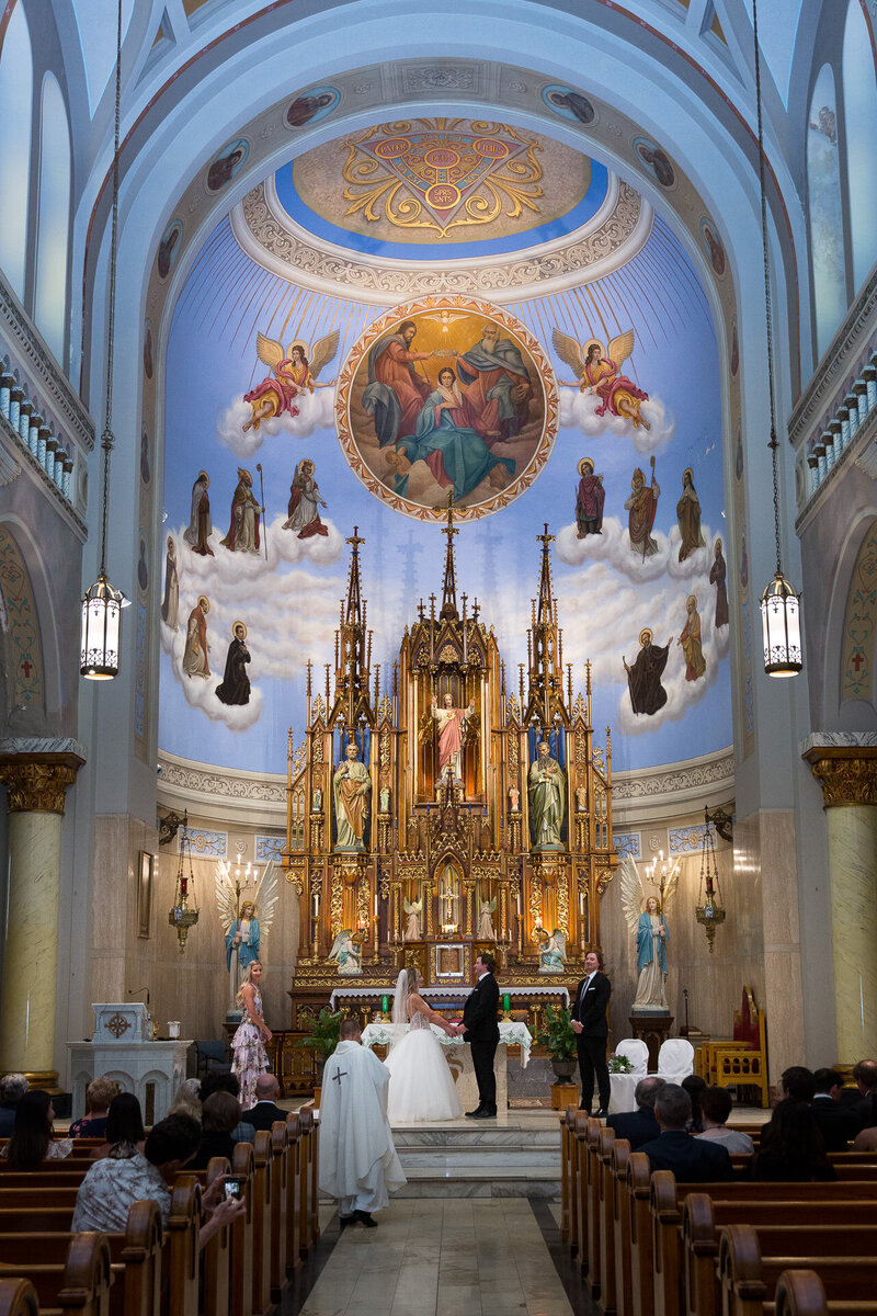 wedding at st. john cantius church