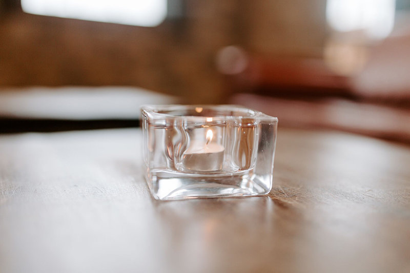 modern-square-votive-candle-rental-wedding-3