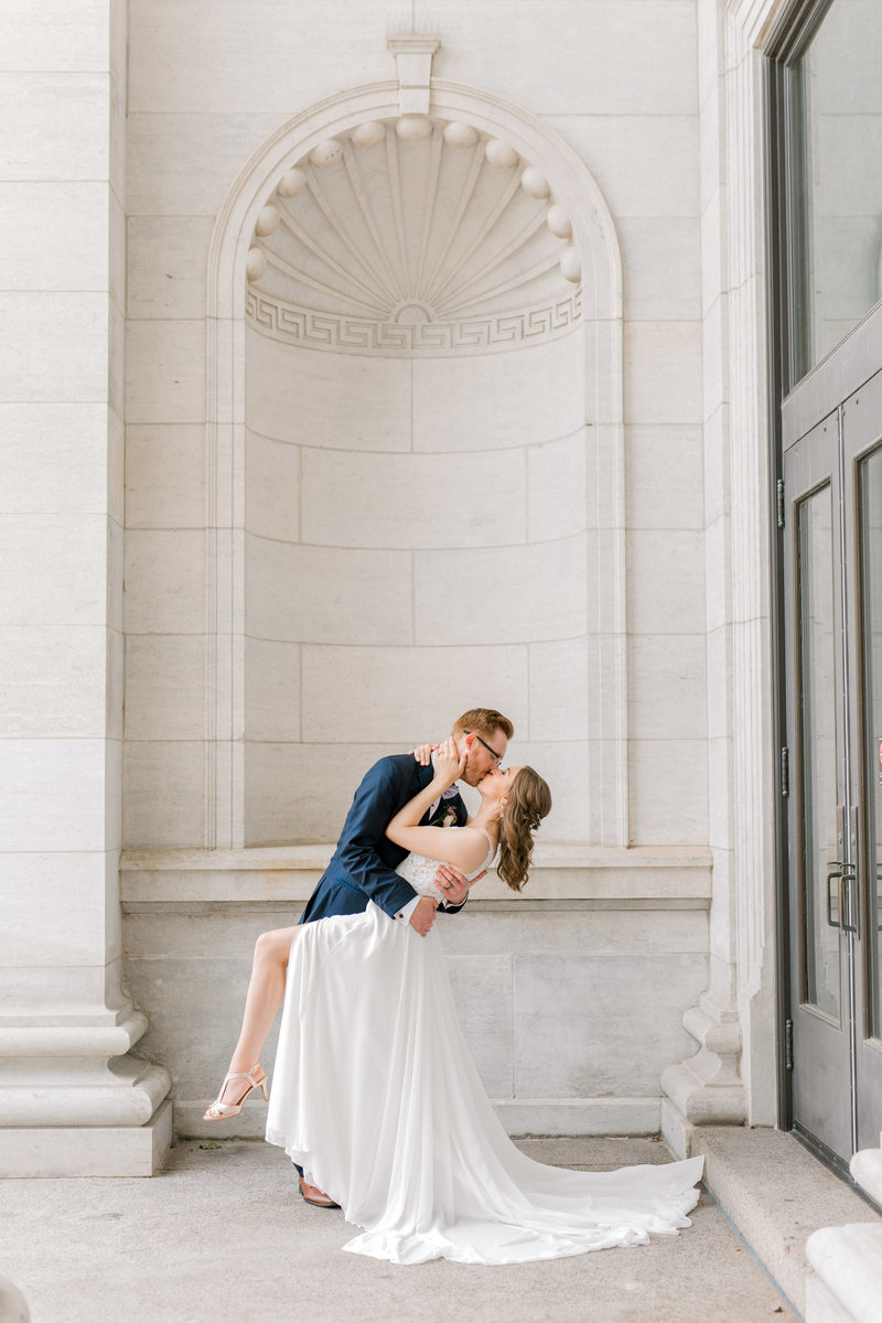 St-francis-of-assisi-west-des-moines-summer-wedding-erica-blake-7933