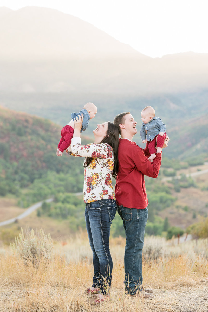 Fall family pictures up at Snowbasin in Utah | Utah Fall Mountain Family Pictures | Jessie and Dallin