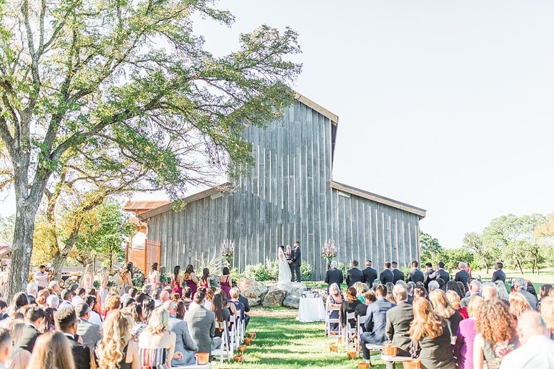 Eagle Dancer Ranch in Boerne Texas Wedding Venue photos by Allison Jeffers Photography_0042