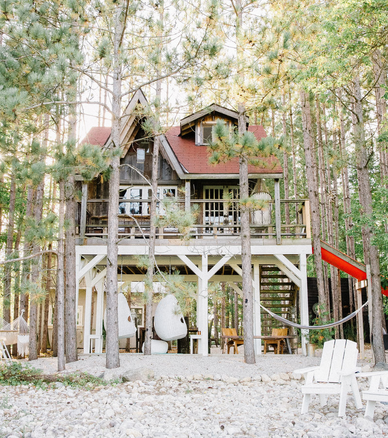 Treehouse and Cabin Retreat5
