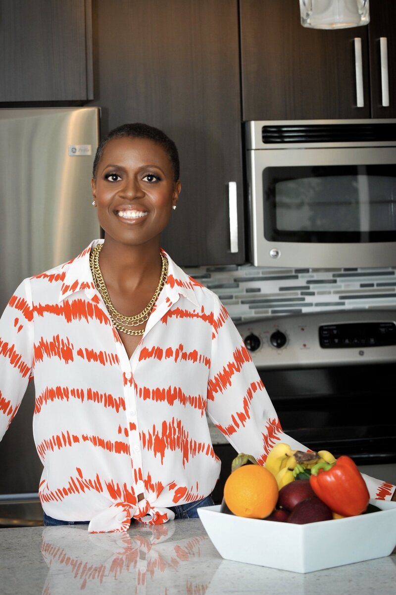 Tracye McQuirter - Striped Shirt - Kitchen 3