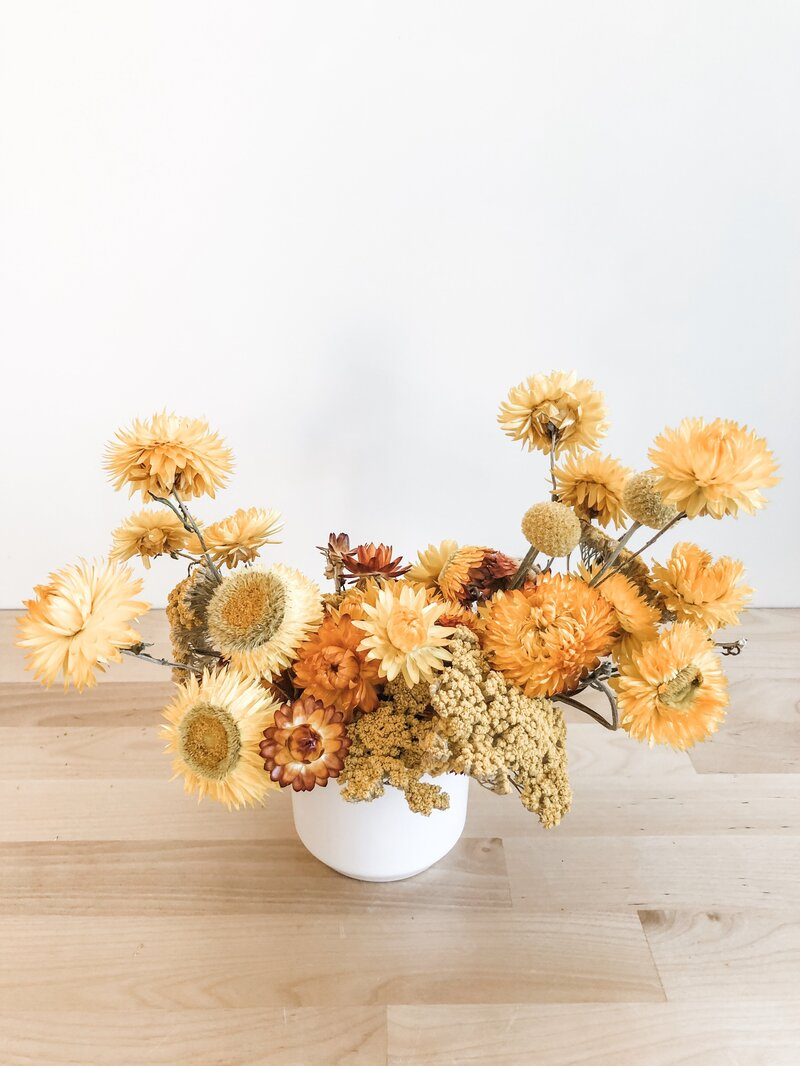 flowers-phoenix-az-mustard-dried-arrangement