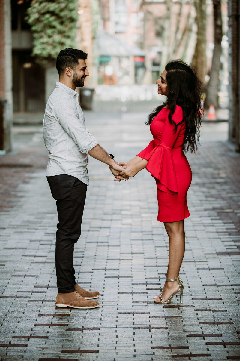 Ruby+Ash_Pioneer_Square_Engagement_Seattle_engagement_photographer_APW_70