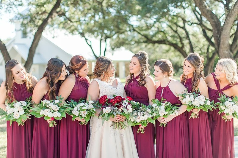The Chandelier of Gruene in New Braunfels Texas Wedding Venue photos by Allison Jeffers Photography_0030