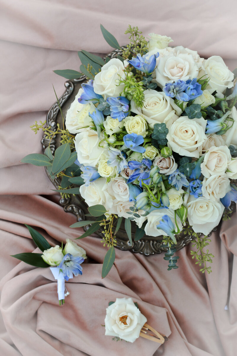 florist-greenwich-new-york-connecticut-designer-preservation-floral-wedding-westchester-bouquet-blue-delphinium-6
