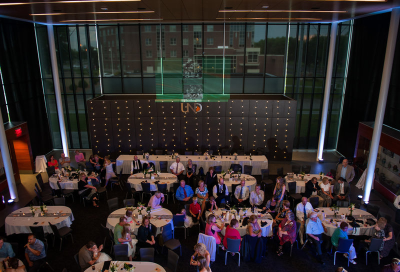 UND Alumni Center Grand Forks Wedding Venue Kris Kandel Photographer (3)