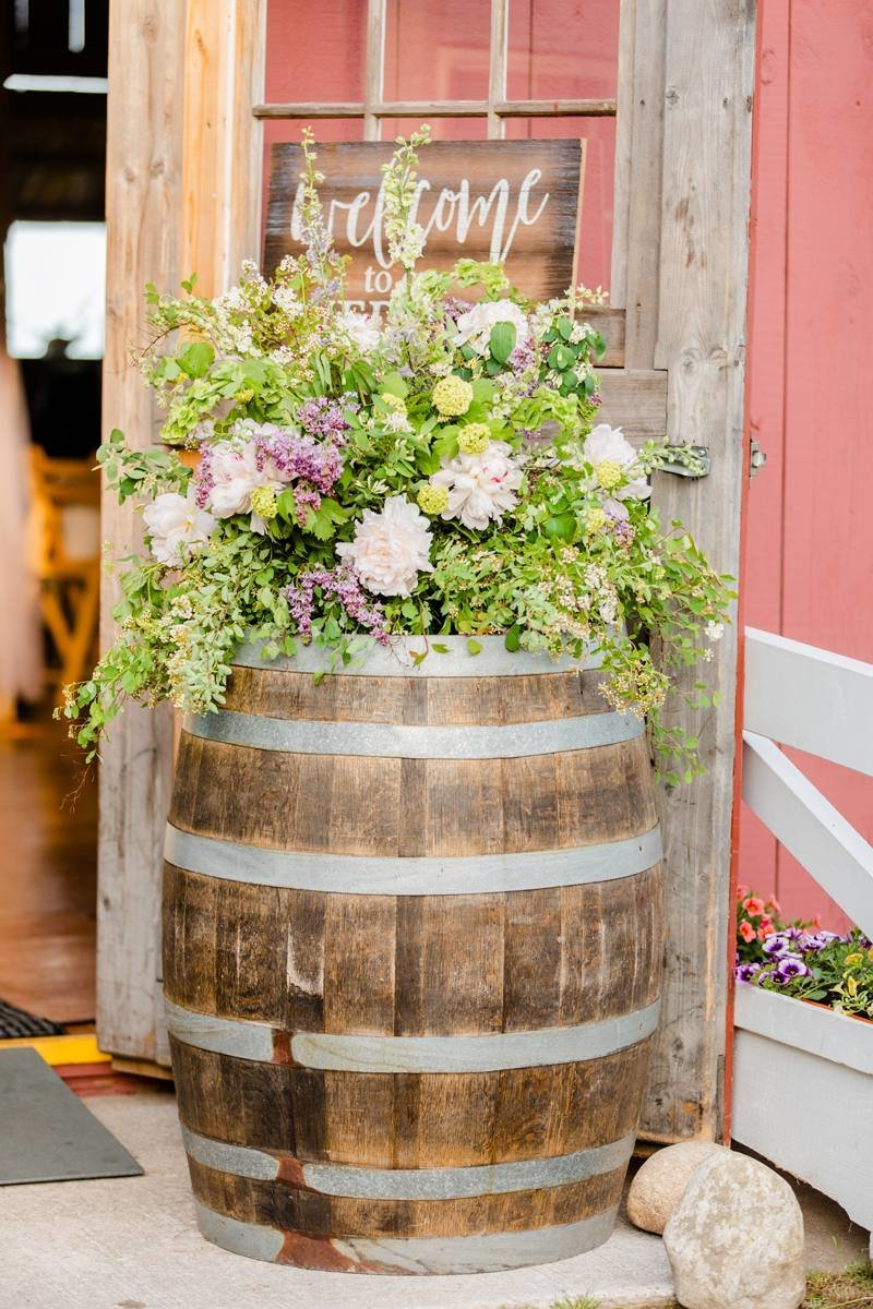 ciccone-vineyard-wedding-wine-barrels