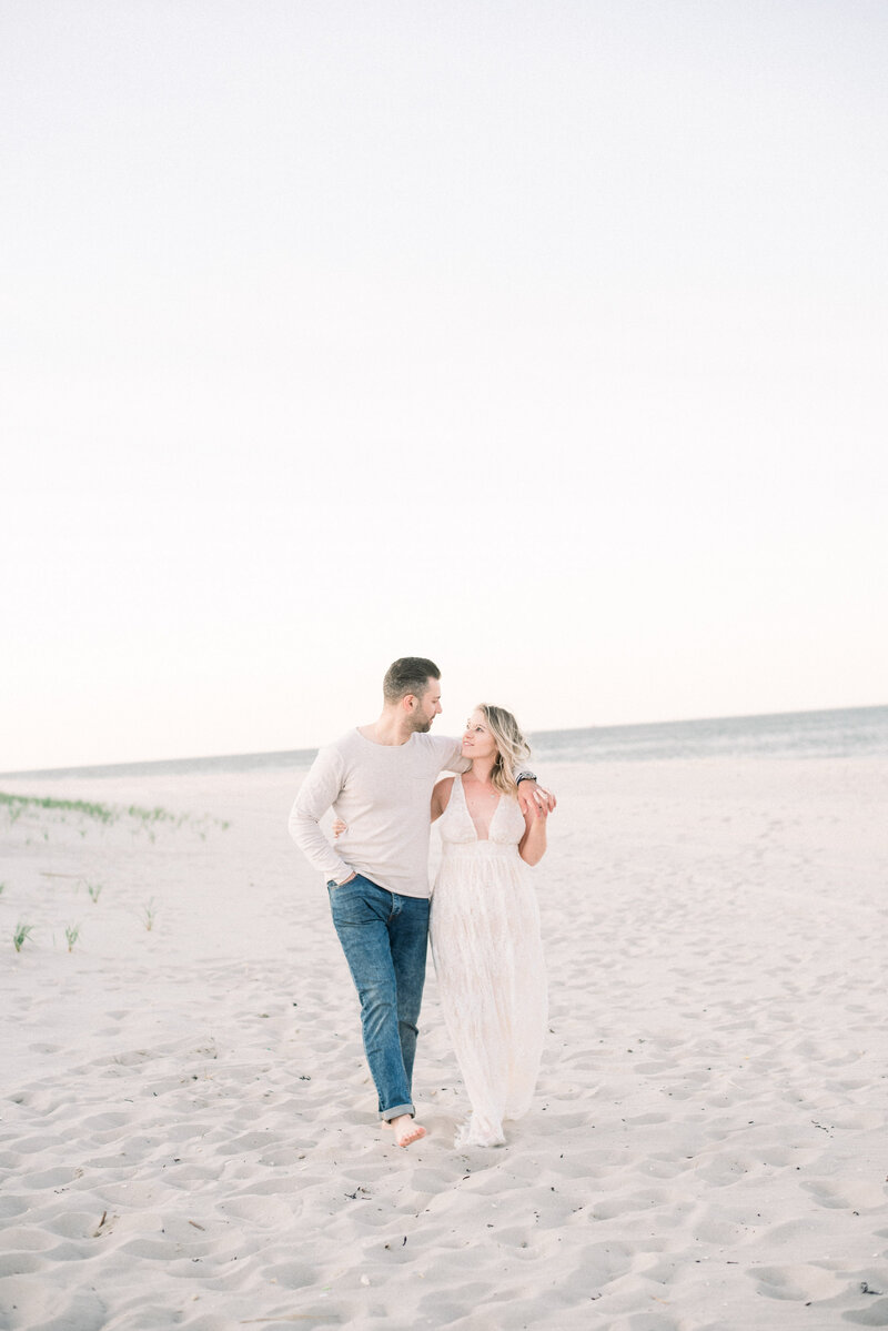 NJ Beach Pregnancy Announcement - NJ Portrait Photographer - Myra Roman Photography