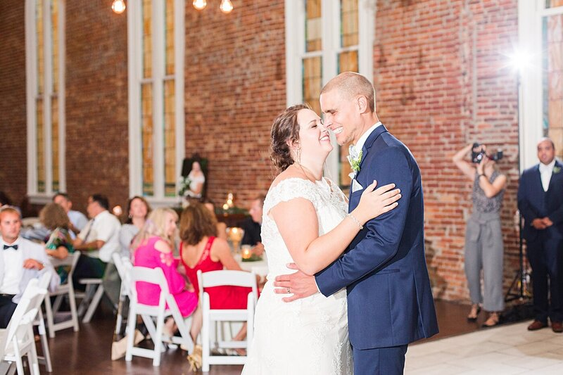 Wilmington-NC-Saint-Thomas-Preservation-Hall-Wedding44