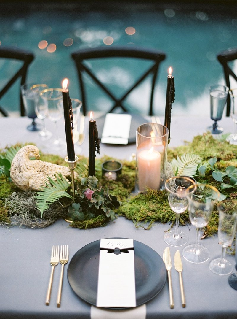 29-black-wedding-candles-green-moss-ferns-wedding-decor