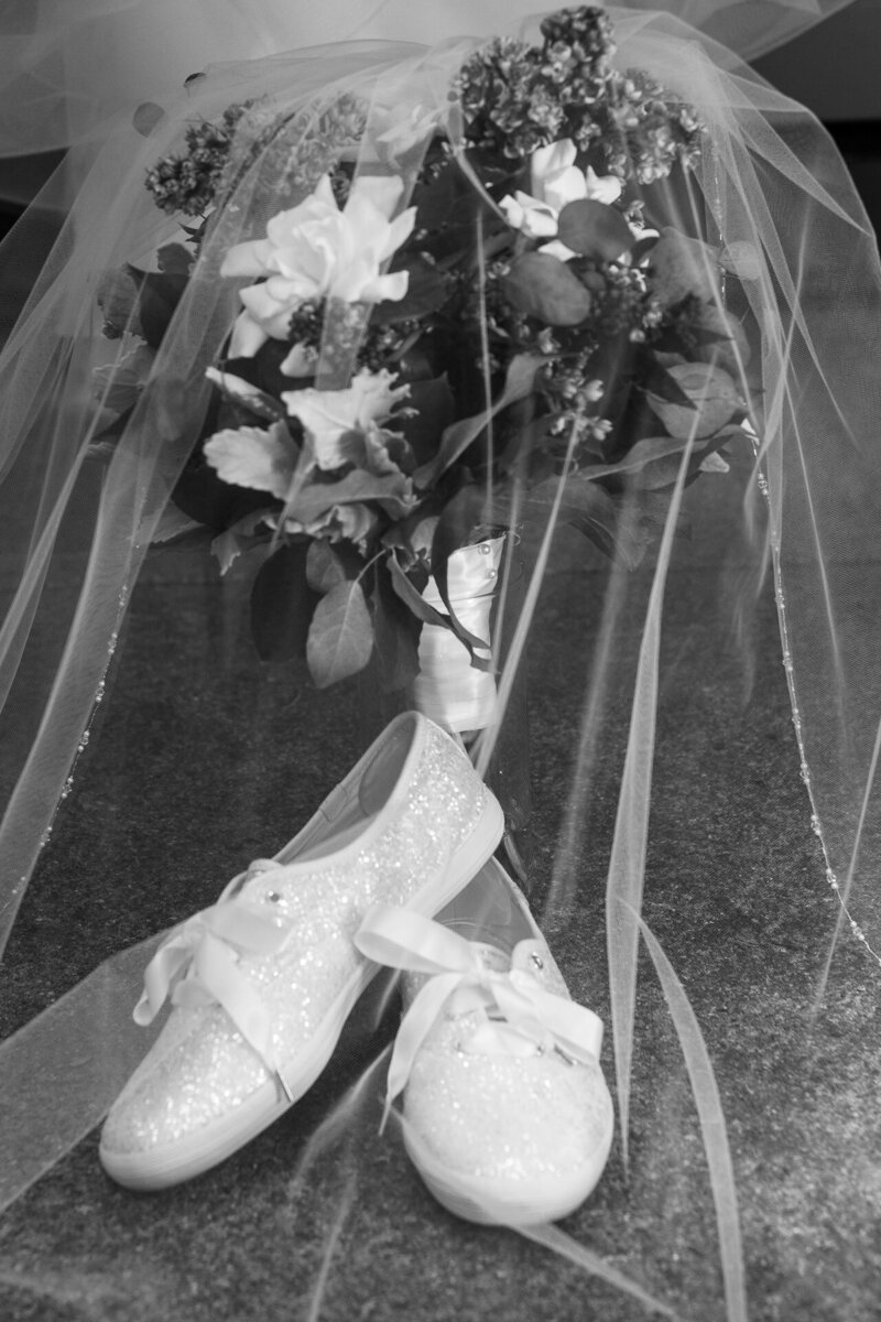 wedding day keds and flowers