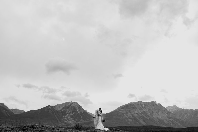 Red Deer Photographers-Raelene Schulmeister Photography- wedding photos-mountain wedding photos-Banff wedding photos-eloping in the mountains