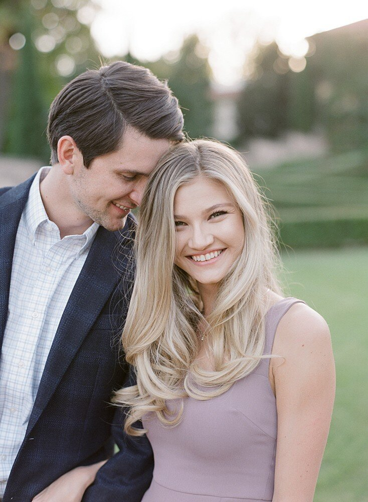 tulsa-wedding-photographer-engagement-session-at-the-philbrook-museum-laura-eddy-photography_0031