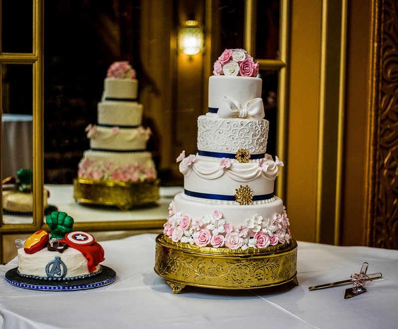 Photo of cakes at a Warner Theatre wedding