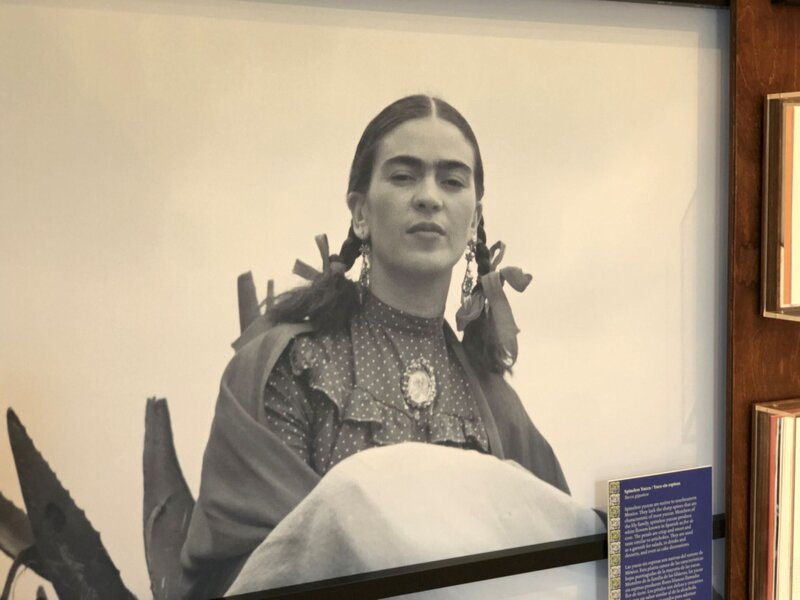 Frida Kahlo B and W