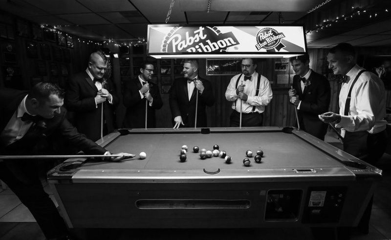 "Groom and his groomsmen replicate iconic ""Rat Pack"" photo at Erie, PA social club"