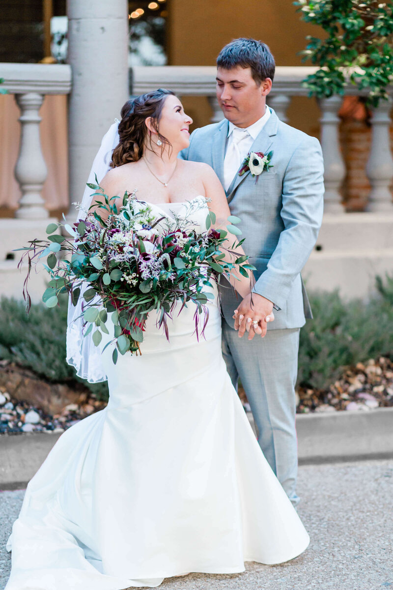 Allyson-taylor-venue-fourty-50-wedding-dallas-wedding-photographer-Addison-texas-wedding-white-orchid-photography-112