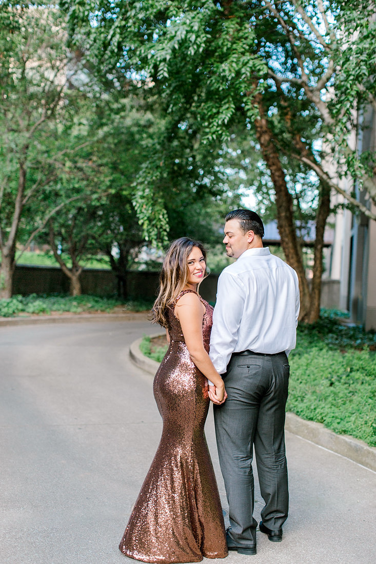 Engagement-Session-Downtown-Louisville-Kentucky-Photo-by-Uniquely-His-Photography017