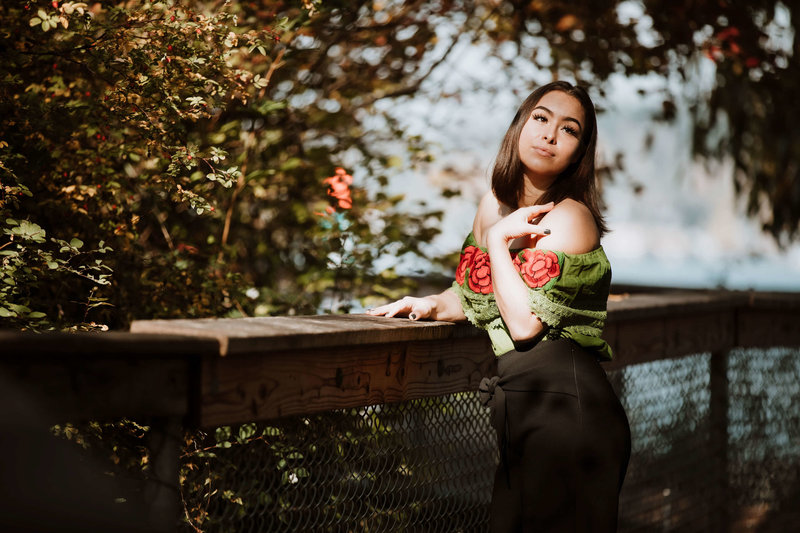 Angela-Senior-photo-session-at-gene-coulon-park-seattle-by-adina-preston-77