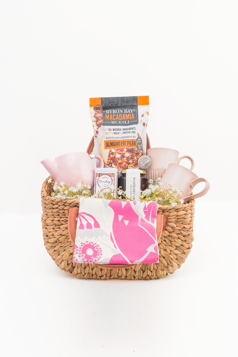 SIMPLY BEAUTIFUL GIFTS HAMPER BASKET 2
