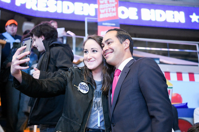 Julian Castro 2020 democratic primary taking selfie with voter