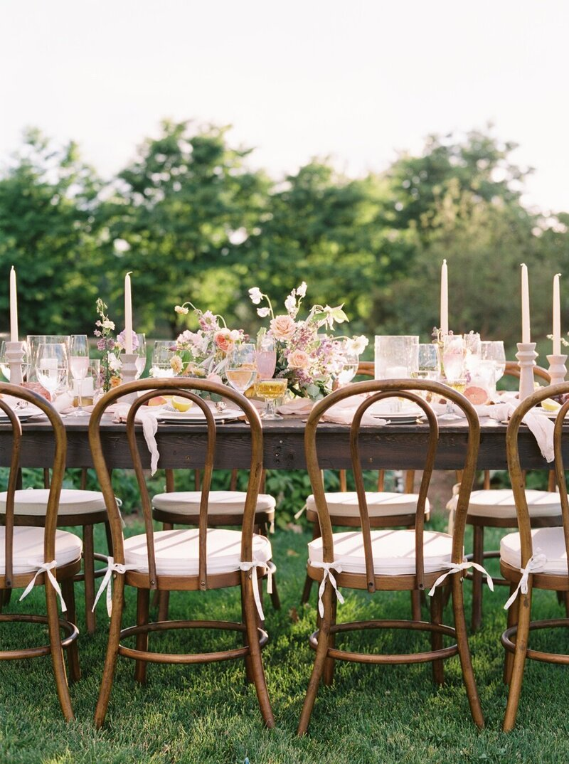 Lush and Romantic Wedding at a Flower Farm_0017