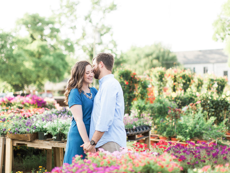Jordan-and-Alaina-Photography-Nashville-Wedding-Photographer-12-Twelve-South-flower-market-Engagement