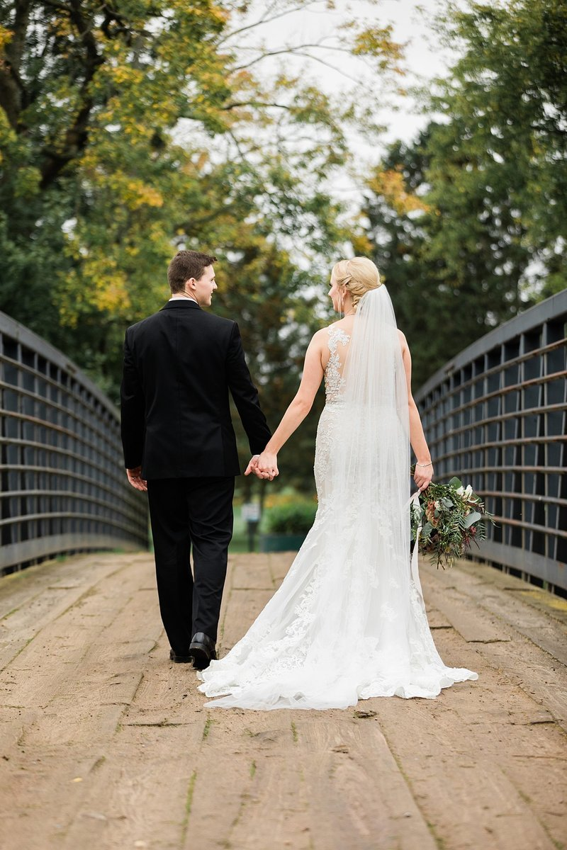 60-Wisconsin-Classic-Country-Club-Catholic-Wedding-James-Stokes-Photography