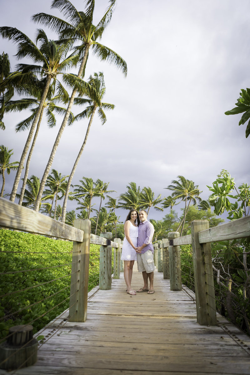 Maui-engagement-photo-andaz