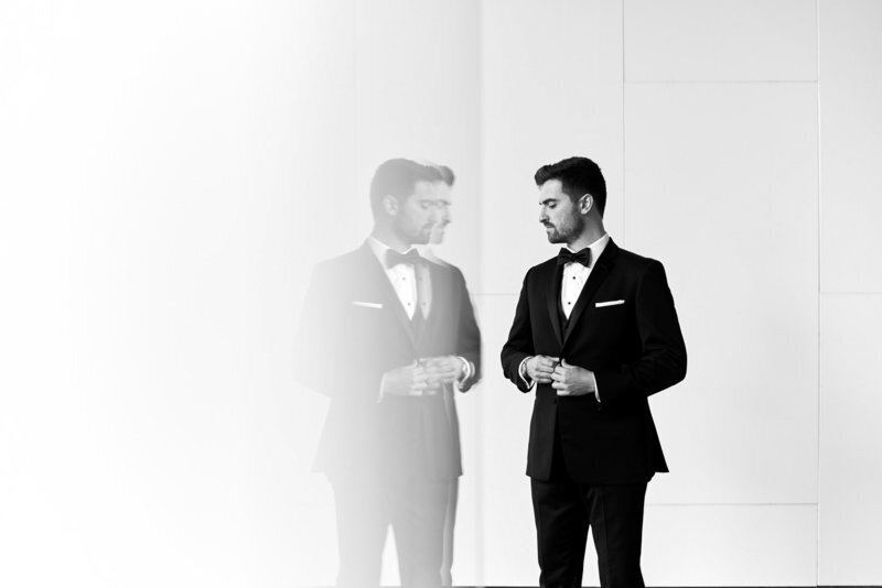 groom photo in downtown toronto