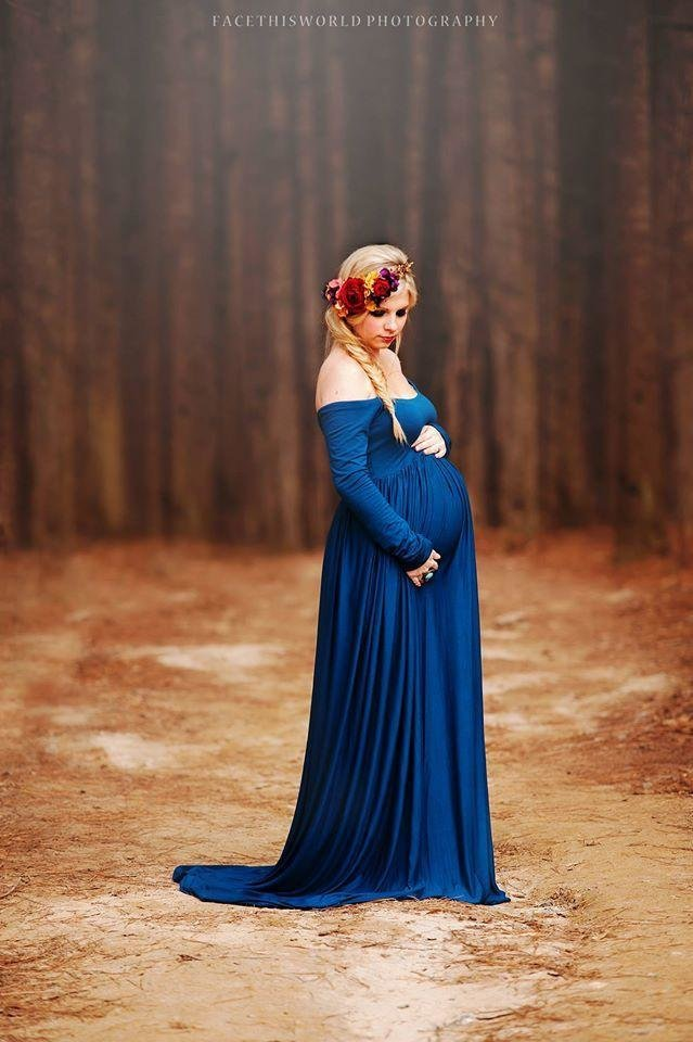 Maternity_-_Miriam_-_royal_blue_-_facethisworldphotography_2_720x