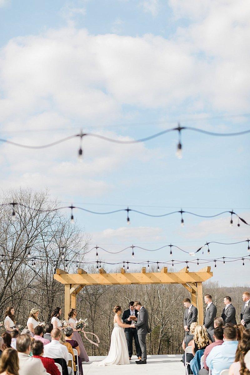 Indiana_The_Wilds_Wedding_Event_Venue_Blue_White_Wedding_Ideas_Boho_Chic_Weddings_29