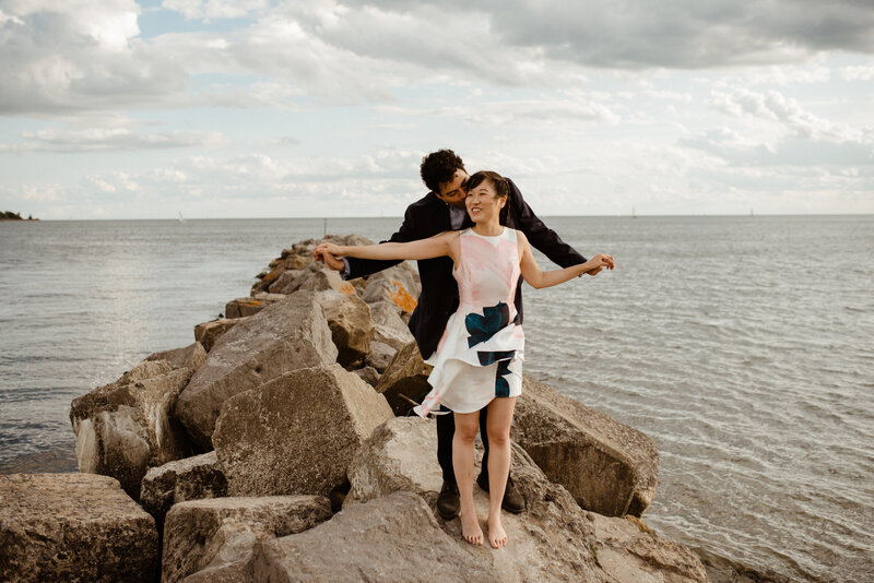 toronto-engagement-session-toronto-islands-summer-boho-fun-vibes-15