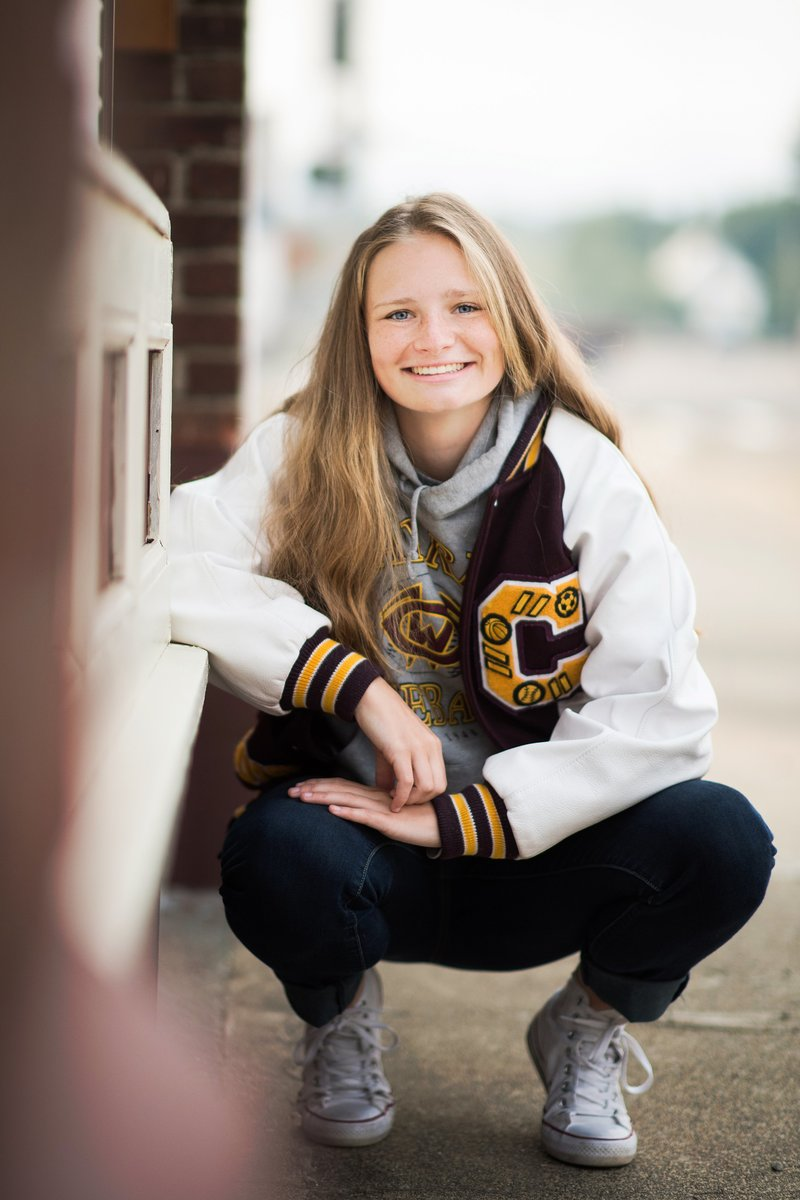 Highschool Senior Portrait Photographer in Cle Elum Washington