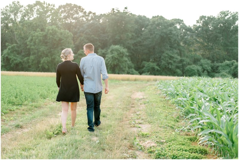 Summer+Private+Farm+Engagement+Session+-+Krista+Brackin+Photography_0014