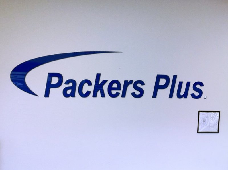 PackersPlus2-INT_Fotor