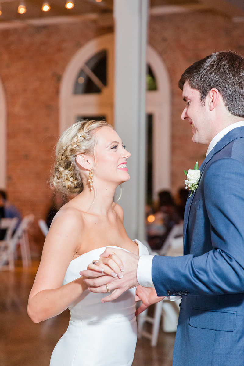 The-Grand-Opera-House-Crowley-Louisiana-Wedding_55