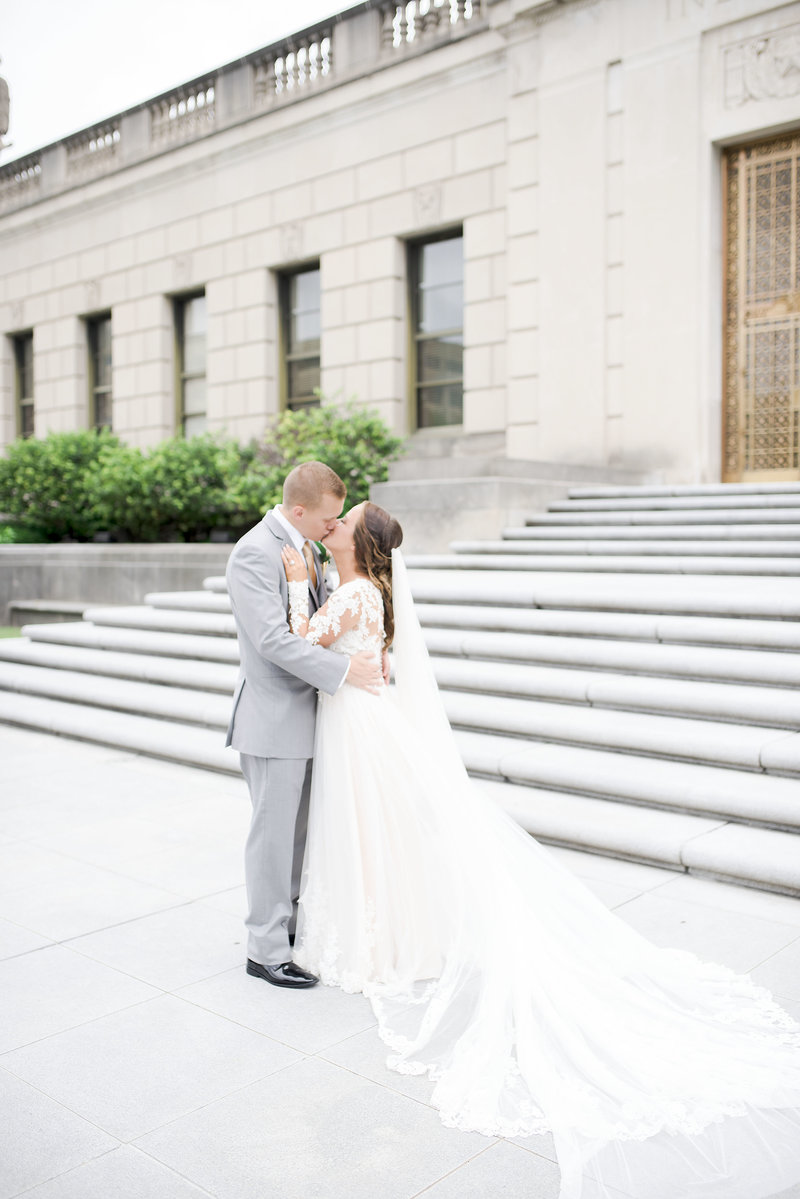 Indianapolis Indiana Blush and Cream Wedding_000
