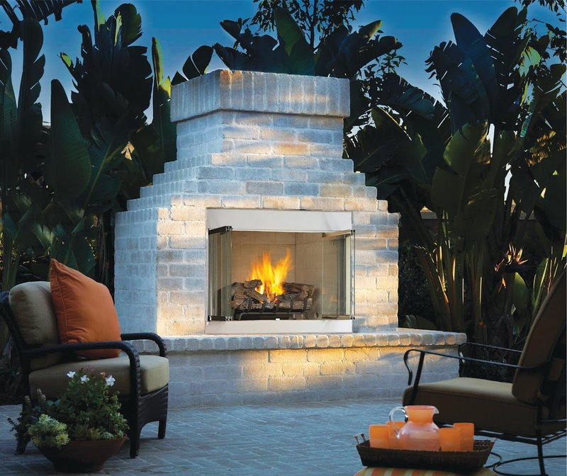Outdoor Fireplaces1