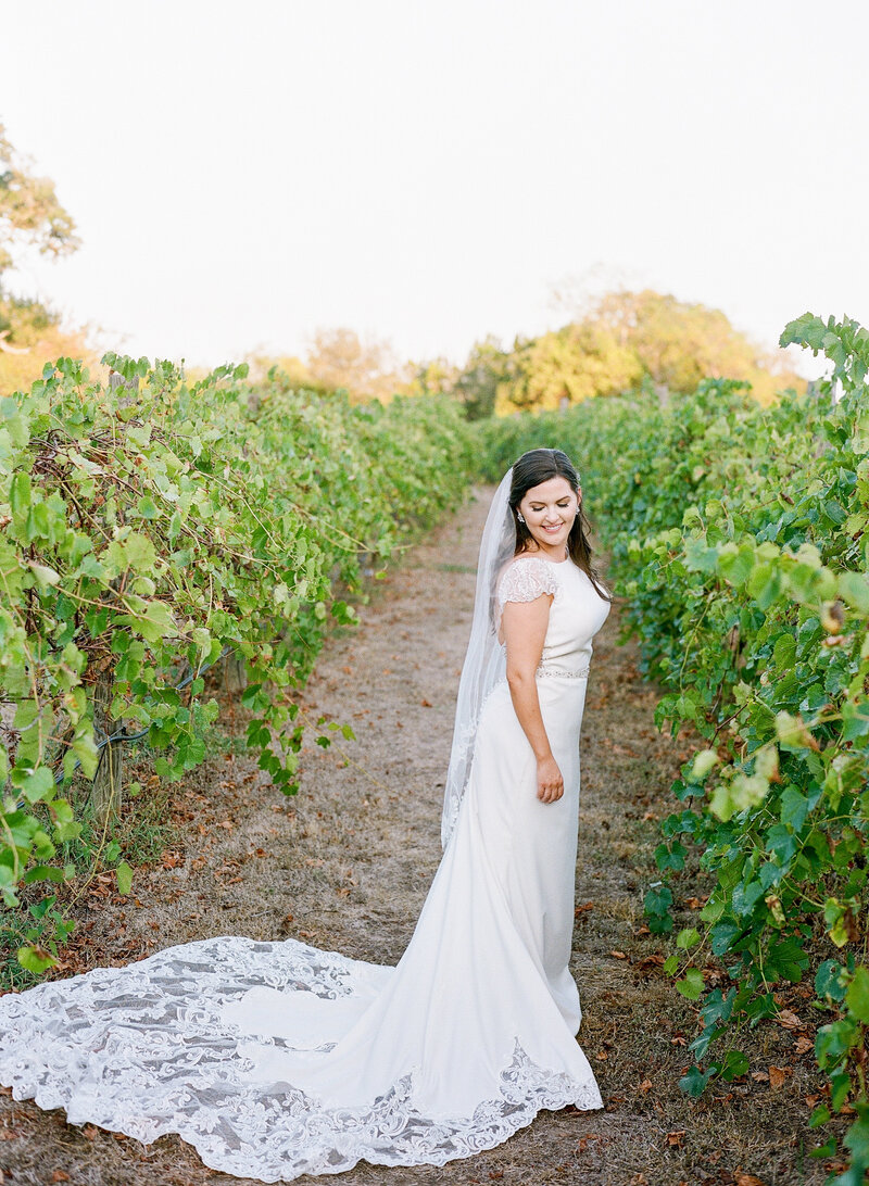 stephanie-aaron-wedding-vineyards-at-chappell-lodge-102