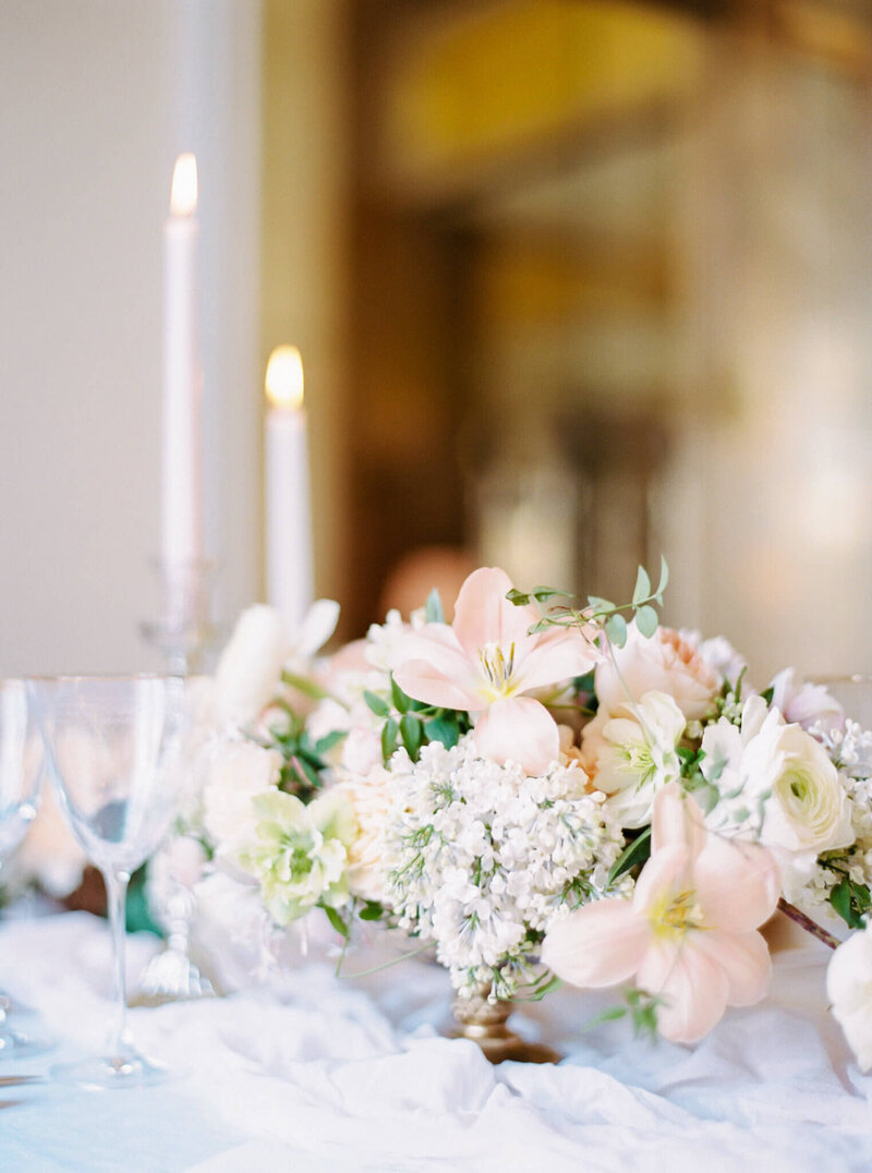 Luxury floral decor for weddings in portugal