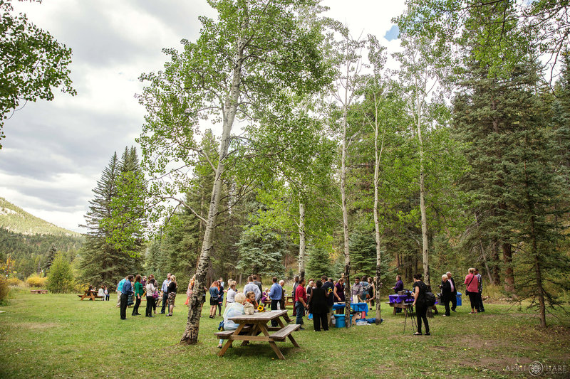 Pretty-Beaver-Ranch-Wedding-in-the-Woods-in-Conifer-Colorado