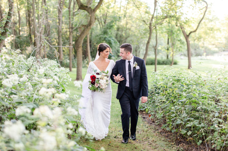 carolyn-dan-wedding-lovewell-weddings-frog-pond-624