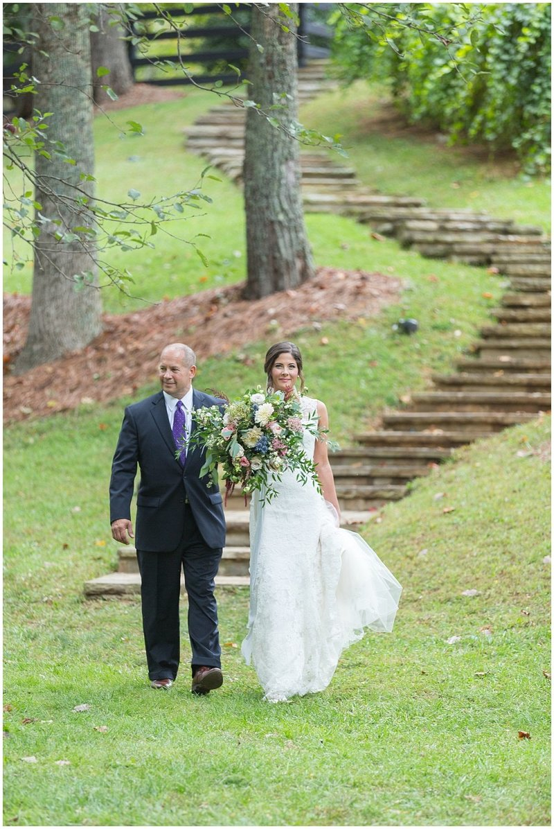 laura-barnes-photo-north-carolina-wedding-photographer-highlands-37-holly-high-vineyard29