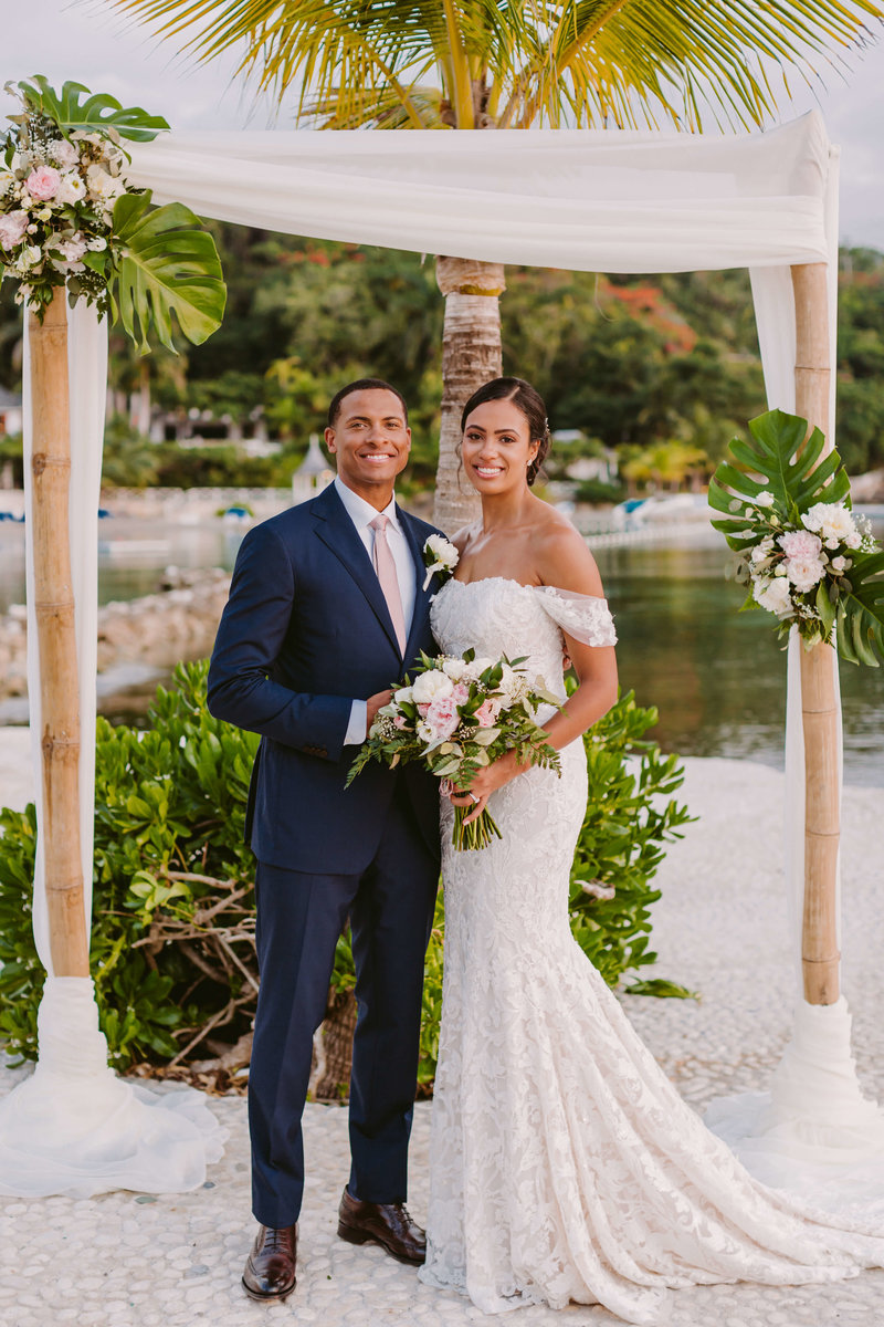 ErrolBarnettWedding_VictoriaHeer_RoundHillJamaicaWedding