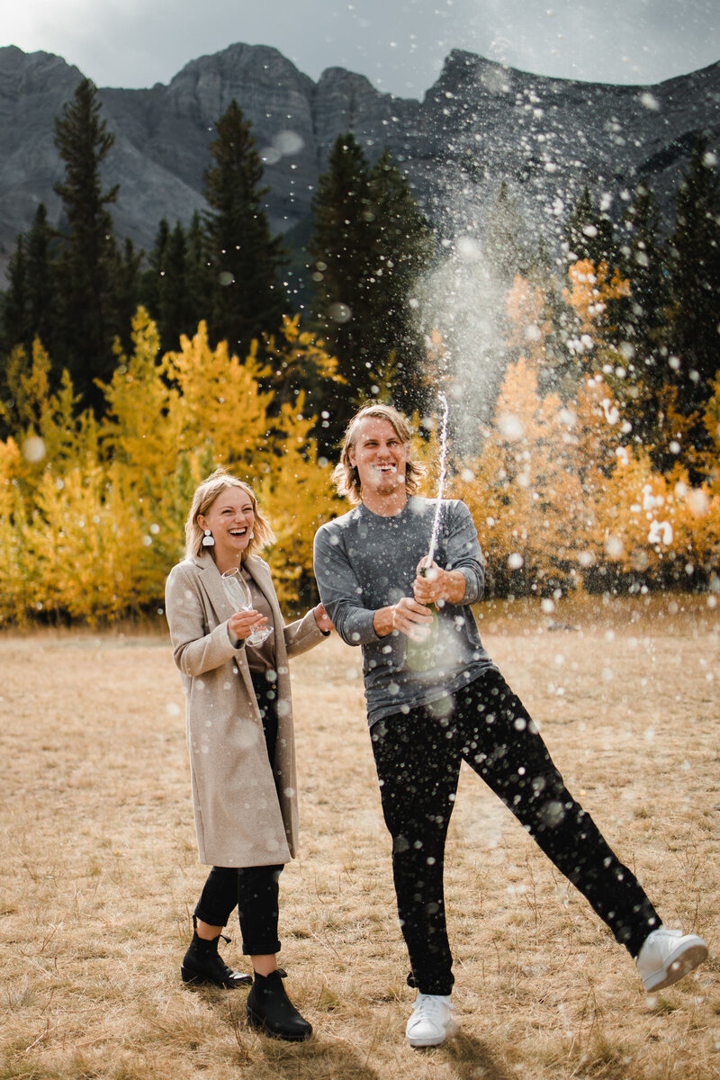 banff.photographer.elopement.engaged.canmore--115