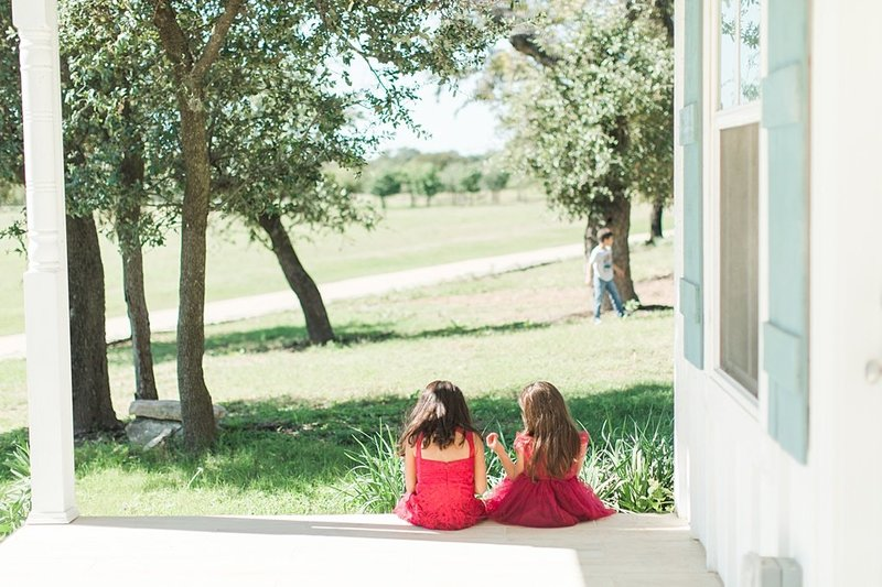 Eagle Dancer Ranch in Boerne Texas Wedding Venue photos by Allison Jeffers Photography_0016